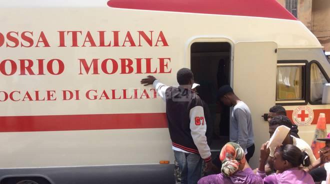 migranti profughi stazione 16 giugno 2015