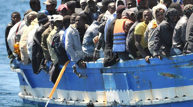 profughi barcone