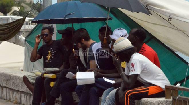 profughi migranti ventimiglia ponte san ludovico