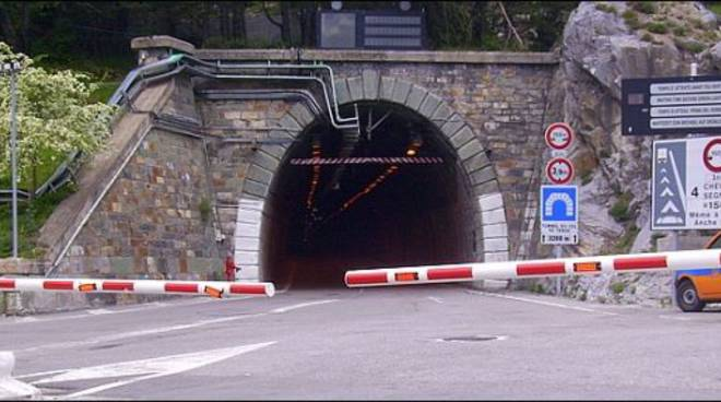 tunnel di tenda