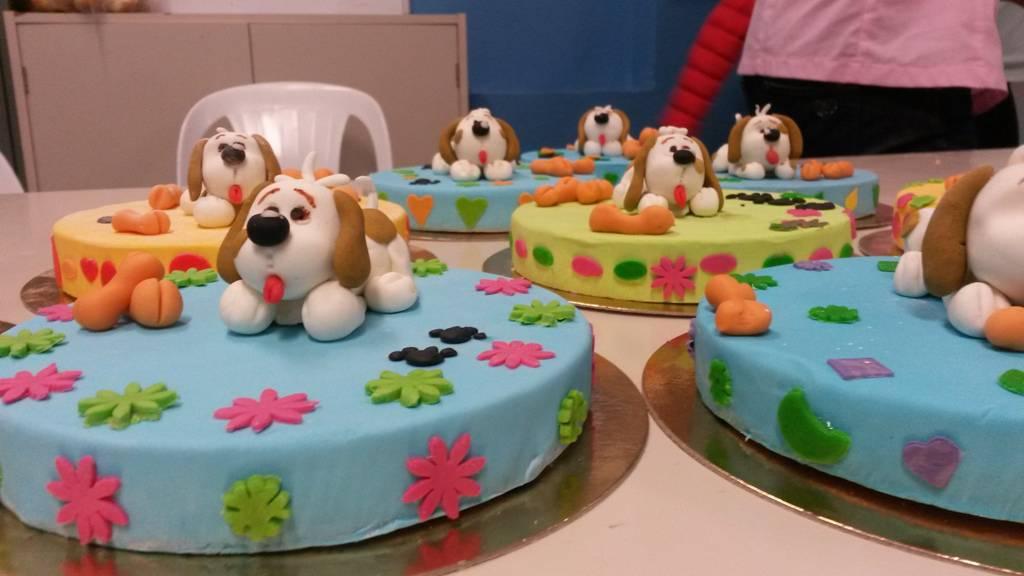 Scuola Cake Design Torino : Laboratorio di Cake Design alla scuola media di Roverino ...