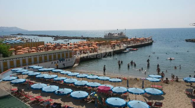 Controlli congiunti spiagge Capitaneria di Porto e Vigili Urbani Sanremo