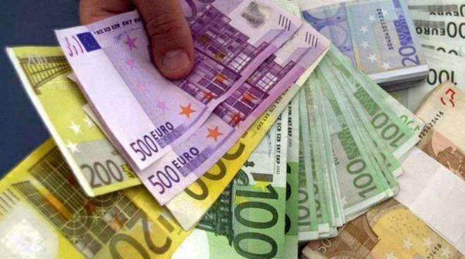 denaro soldi banconote