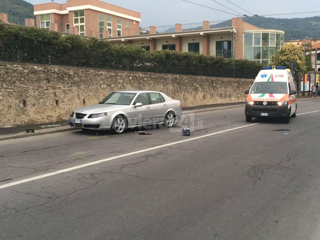 Incidente stradale, scontro auto-moto Taggia
