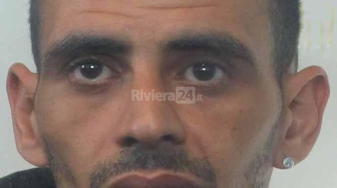 arrestato marocchino f n 35 anni polizia frontiera ottobre 2015