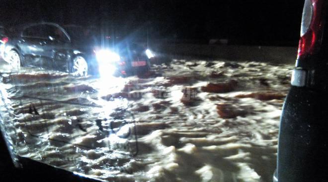 nubifragio acquazzone autostrada notturna generica pioggia maltempo