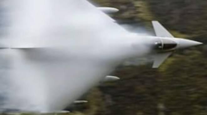 aereo barriera suono