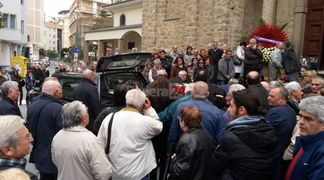 funerale luigi longo arma novembre 2015