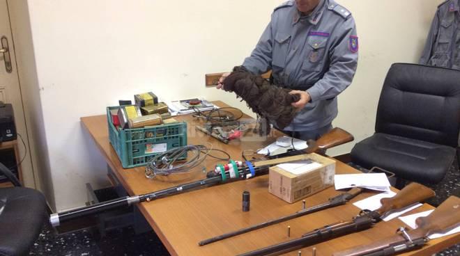 fucili bracconaggio polizia provinciale