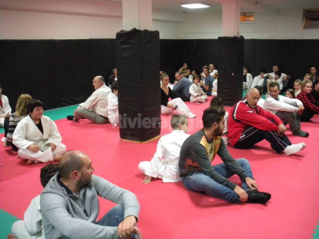 Auguri Di Natale Per I Figli.Judo Club Ventimiglia Per La Gli Auguri Di Natale La Festa Con