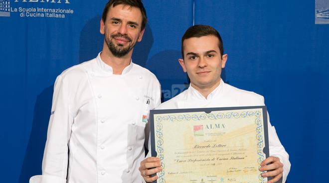 Riccardo Lottero neo diplomato alla Scuola Internazionale di Cucina