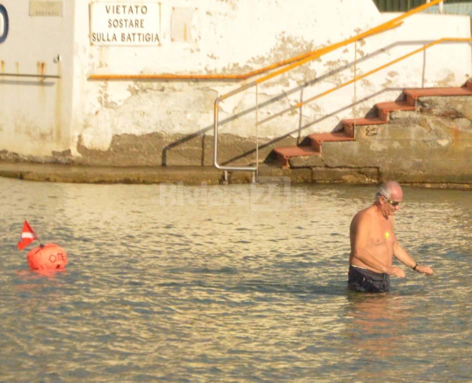 Sanremo fare il bagno in mare il 21 gennaio riviera24 - Dubai a gennaio si fa il bagno ...