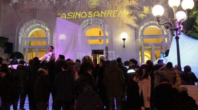 Sanremo festeggia l'arrivo del 2016, tra musica, spettacolo e balli