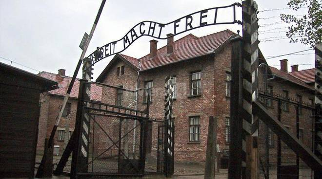 """Battistini: """"Ecco perché non andrò in missione ad Auschwitz"""""""