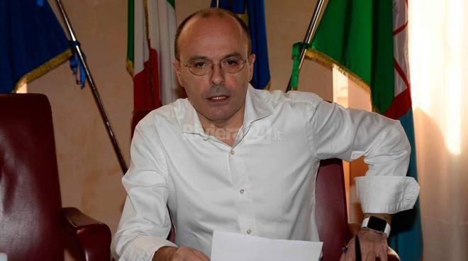 conferenza stampa deleghe capacci