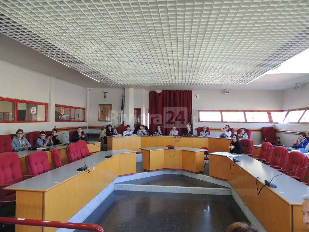 Taggia, l'organizzazione della Giornata dello Sport al centro del Consiglio Comunale dei Ragazzi