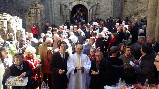 riviera24 - Centro culturale tabiese all'abbazia Macilhac sur Célé