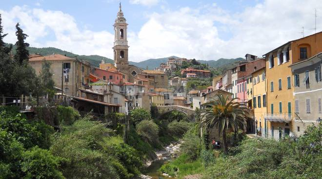 """riviera24 - """"Il futuro della Spazzatura in Provincia di Imperia"""" a Dolcedo"""