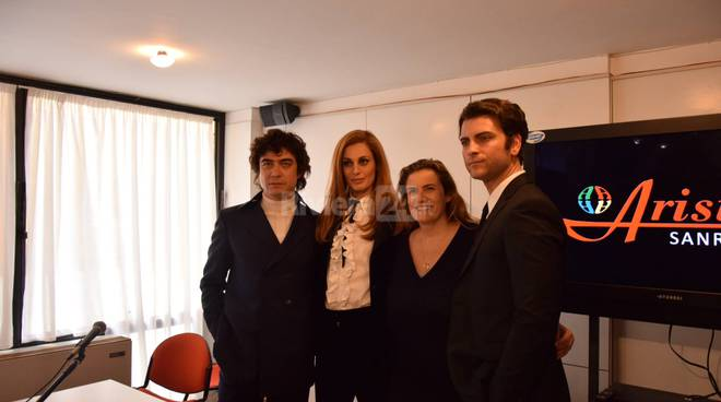 Riviera24 - Presentazione del film Dalida all'Ariston
