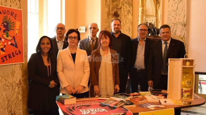 """Riviera24 - Sanremo, presentazione finalisti """"Premio Strega"""""""