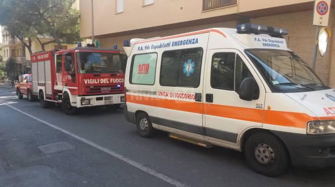 autoscala vigili del fuoco sanremo carabinieri 118