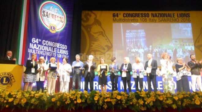 Riviera24 - concorso vetrine i colori dei lions