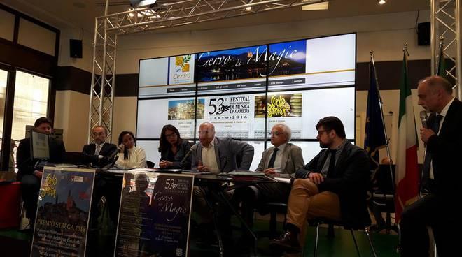 riviera24 -  Conferenza stampa degli eventi di Cervo