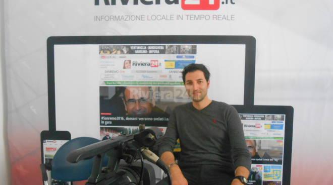Riviera24 - Davide Ferrari cantante
