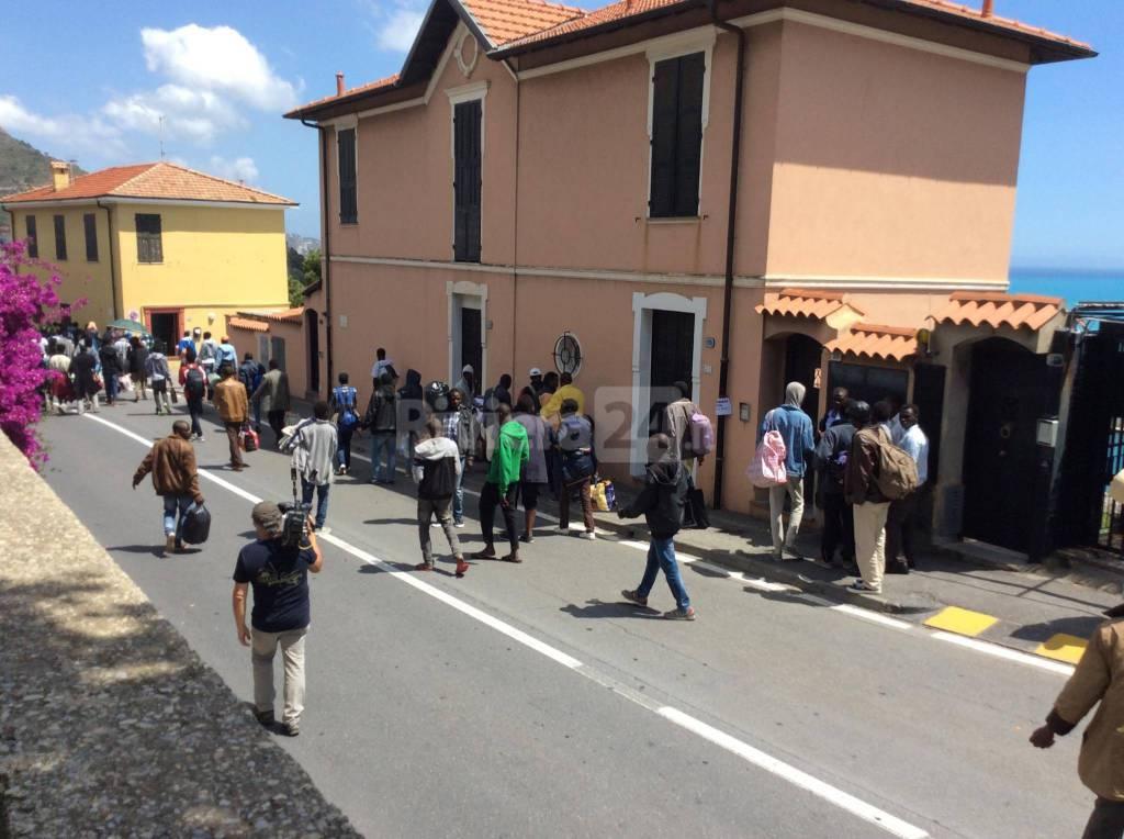 riviera24 - Migranti a Ventimiglia