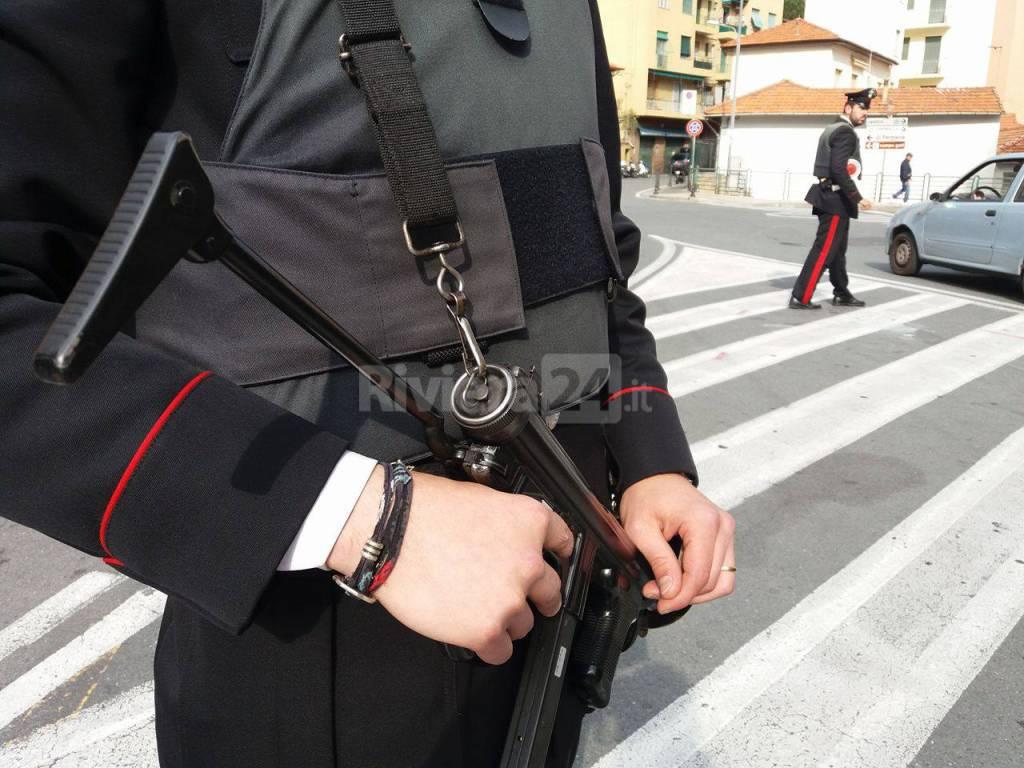 riviera24 - Sanremo, maxi pattuglione dei Carabinieri