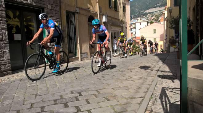 """riviera24 -  """"Trofeo Bicisport Giant"""" ad Ospedaletti"""