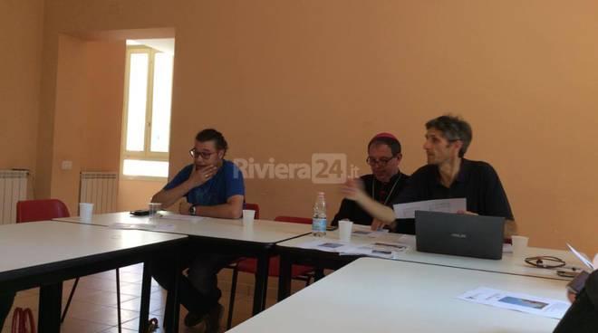 conferenza stampa caritas intemelia