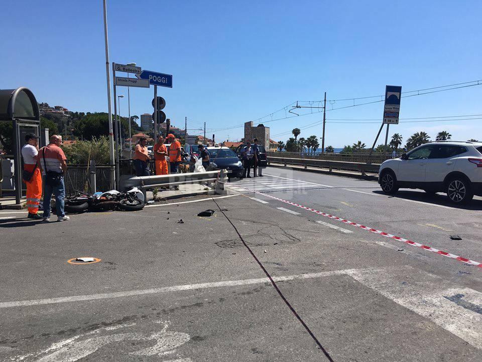 Imperia incidente stradale al bivio per Poggi