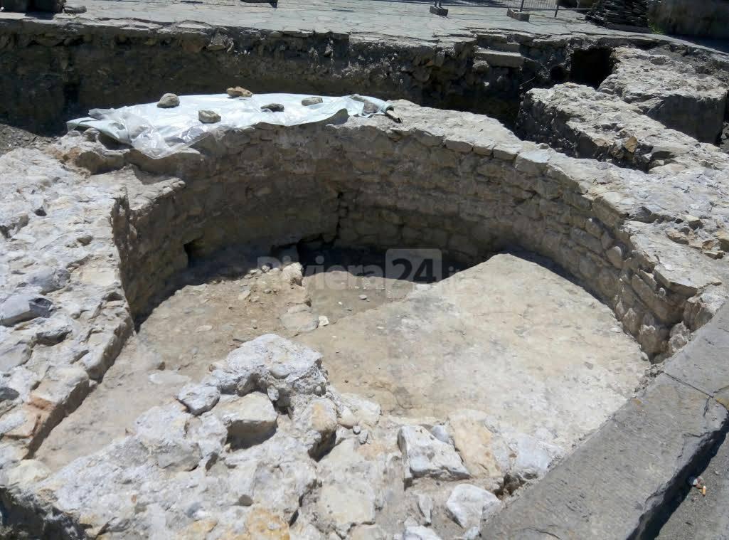mura antiche oneglia