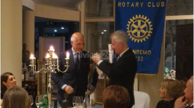 Riviera24 - Rotary Club Sanremo consegne 2016 17