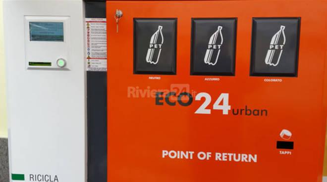 riviera24 - A Sanremo e ad Arma di Taggia installati quattro Eco-Point Garby