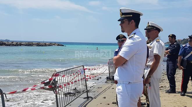 riviera24 - Arma di Taggia, sopralluogo ordigni inesplosi artificieri, capitaneria e carabinieri