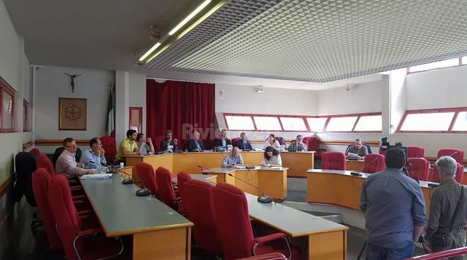 riviera24 - consiglio comunale taggia giugno 2016