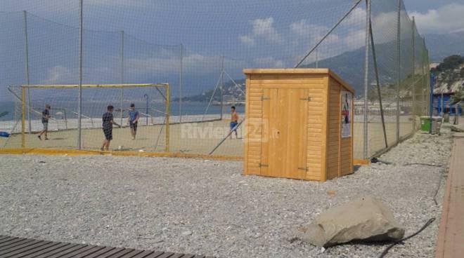 riviera24 - Passatoie a Ventimiglia, arrivare in spiaggia da oggi è più comodo