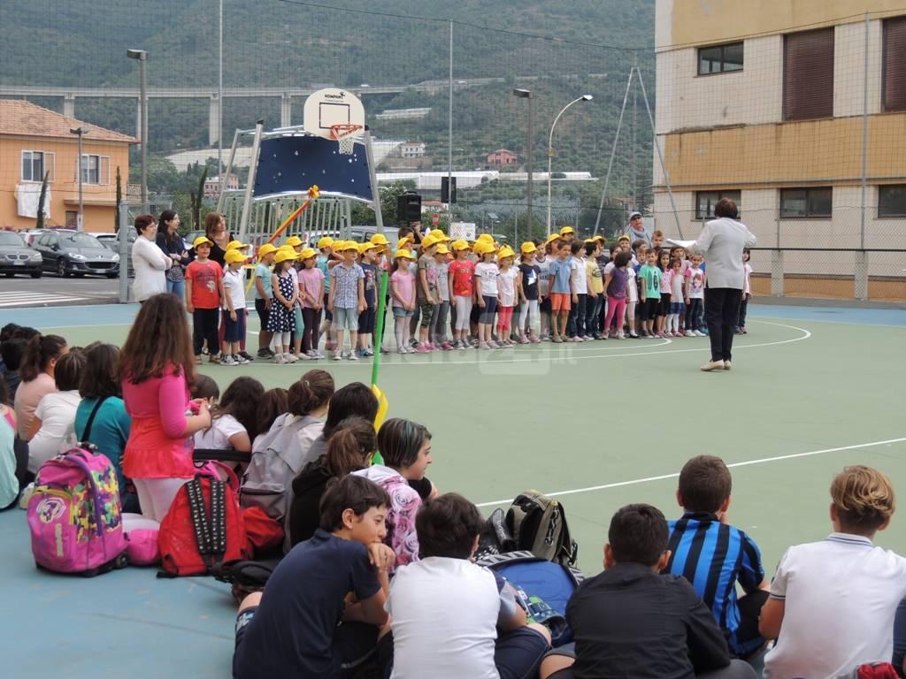 """riviera24 -Taggia, inaugurato il """"campetto tra le scuole"""""""