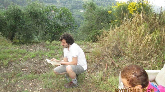 """riviera24 - Una bella passeggiata """"sui sentieri di Francesco Biamonti"""" a San Biagio della Cima"""