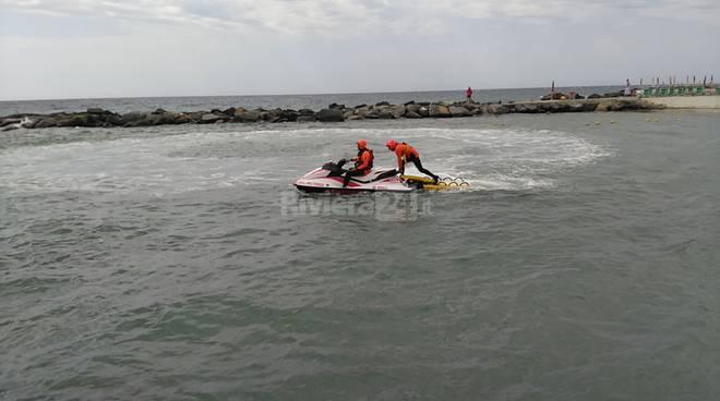 Presentato quest'oggi il presidio acquatico dei vigili del fuoco a Sanremo