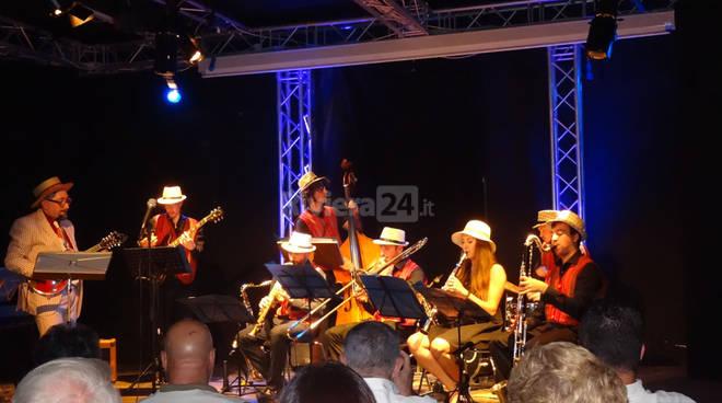 "riviera24 -  Freddy Colt & i ""Swing Kids"" a BravoJazz"
