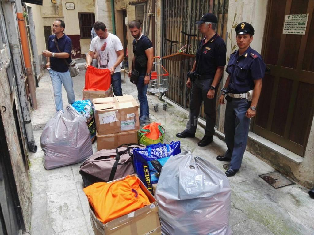 riviera24 - La Polizia sequestra 150.000 euro di merce contraffatta