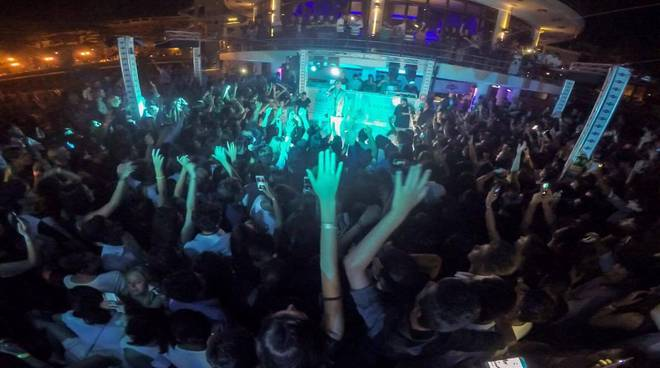 Riviera24 – Sanremo, Marracash al Bay Club