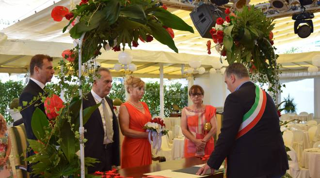 Riviera24 – Sanremo, matrimonio al Casinò, sala Roof