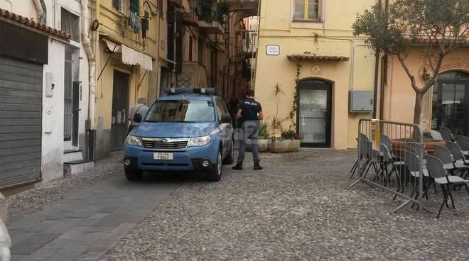 Riviera24 – Sanremo, polizia in piazza San Siro