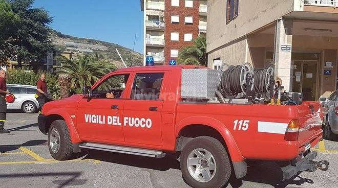 riviera24 - vigili fuoco croce verde arma taggia