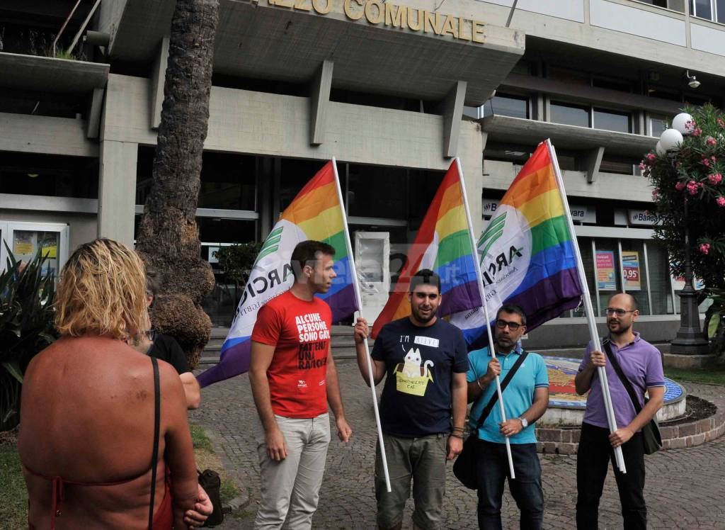 Manifestazione Arcigay Diano Marina