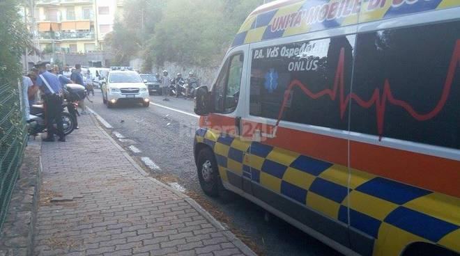 riveira24 - Incidente sull'Aurelia tra Bordighera e Ospedaletti: ferito scooterista